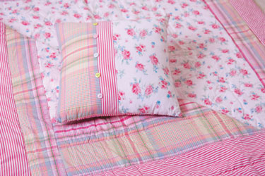 rosie childrens quilt and cushion