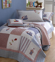 boats & kites boys appliqued bed cover