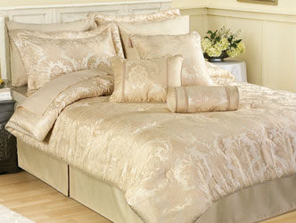 carrington ivory bedspread with matching curtains and valance